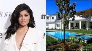 Kris Jenner Home by Check Out Kylie Jenner U0027s New 4m Six Bed House Near Her Mum U0027s