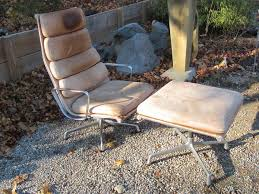 Herman Miller Lounge Chair And Ottoman by Chair Eames Soft Pad Lounge Chair And Ottoman Herman Miller