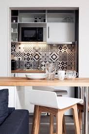 table bar cuisine leroy merlin la cuisine de l appartement est aussi fonctionnelle qu