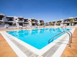 residenical laura luxury duplex with pool near beaches really