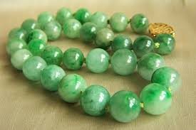 jade beads necklace images Spectacular vintage 14k gumps gump 39 s large jadeite jade bead jpg