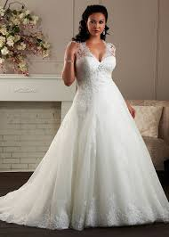 plus size wedding dresses uk plus size wedding dresses beautiful looks for women with