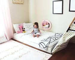 sol chambre bébé coussin de sol chambre enfant lit bacbac au sol chambre pour fille