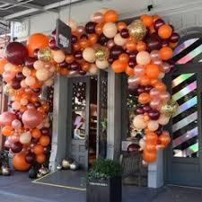 balloon delivery new york city balloon saloon 57 photos 82 reviews balloon services 133 w