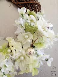 How To Make Wreaths Livelovediy Diy Flower Wreath