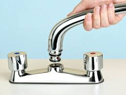 fixing leaking kitchen faucet fix leaking kitchen faucet pentaxitalia com