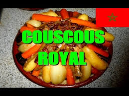 cuisiner couscous recette du couscous royal agneau poulet merguez tfaya