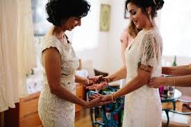 15 mother of the bride duties every mother should know brides
