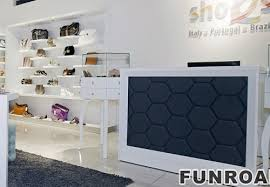 Interior Design Display Cabinet Fashion Accessory Display Solutions