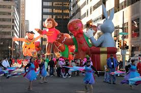 five thanksgiving parades worth traveling for smartertravel