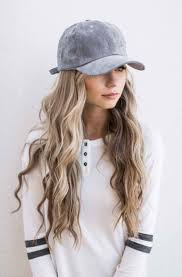 festival hair and boho looks to feel the vibes hairstyles best 25 hat hairstyles ideas on pinterest hat hair two