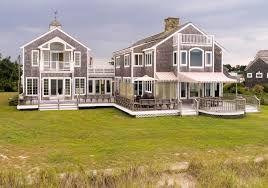 luxury homes berkshire hathaway homeservices homesale services
