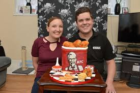 is this the best birthday cake ever woman bakes replica kfc