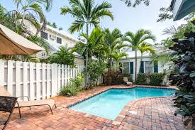 key west vacation rentals near the historic seaport