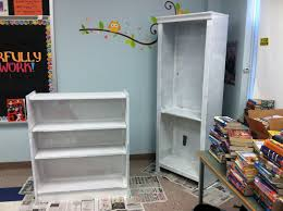 fourth grade flipper tried it tuesday book bins and painted