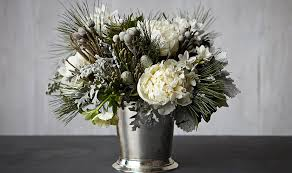 white floral arrangements white flower arrangements this beauty in 4 steps