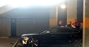 arsenal keeper petr cech crashes 85 000 audi rs7 sports car after