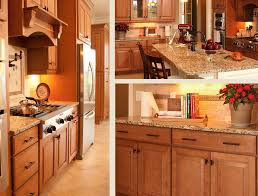 kitchens with warm maple cabinets harper maple kraftmaid cabinets