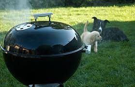 How To Build A Backyard Bbq Pit by How To Set Up A Charcoal Grill For Smoking Or Grilling