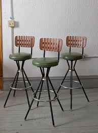 retro inspired bar stools dig this design