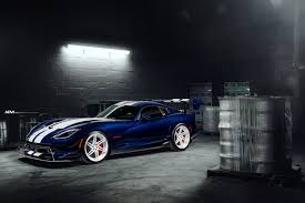 dodge viper dodge viper acr gets some new directional custom forged shoes
