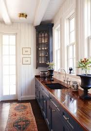 cuisine coloniale colonial kitchen butcher block counters cabinets