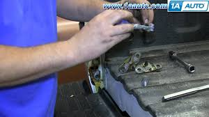 how to install replace fix rusty tailgate hinges 1999 2006 chevy