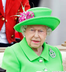 Queen Elizabeth Meme - queen elizabeth s neon green 90th birthday outfit gets the royal