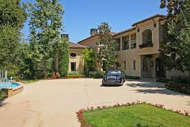 cute mediterranean house style characteristics 12671