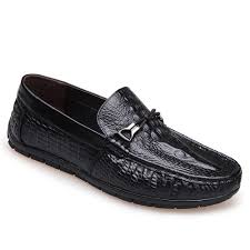 2018 crocodile leather flat bottomed casual shoes black in casual
