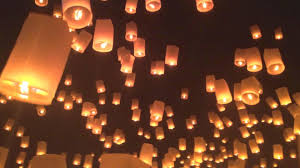 Festival Of Lights Thailand Lanna Yi Peng Floating Lantern Festival In Chiang Mai Thailand