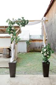wedding arches diy diy wedding arch for less than 150 vous pouvez embrasser la mariée