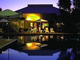 Desert Gardens Hotel Ayers Rock Resort Voyages Outback Pioneer Hotel Lodge Accommodation