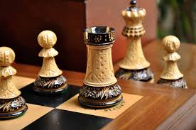 staunton burnt zagreb u002759 series chess set box and board