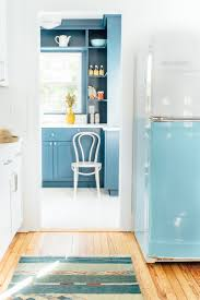 Design Of A Kitchen When A Kitchen Design Is Too White Add Color With Glass Counters