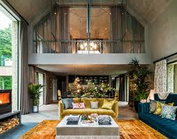 Celebrity Interior Homes by Celebrity Homes Kate Moss U0027s Glamour Retro Barnhouse At Cotswolds