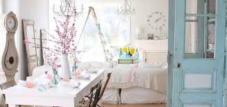 to create a beautiful shabby chic living room