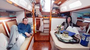 Houseboat Rentals Los Angeles Everything You Need To Know About Houseboat Living In Nyc From