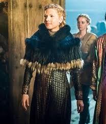 lagertha lothbrok clothes to make lagertha costume research vikings pinterest lagertha vikings