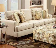 Masculinelivingroomformenapartmentwithgreyaccentchairs - Floral accent chairs living room