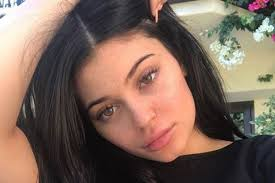 Kylie Jenner Gives Tour Of Doctors U0027warn Pregnant Kylie Jenner She May Need To Deliver Via A