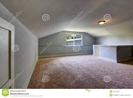 What Color Carpet With Grey Walls by Light Grey Walls With Brown Carpet Thesouvlakihouse Com