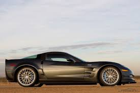 chevrolet corvette 2005 present c6 amcarguide com american