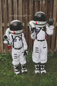 Halloween Usa Costumes Locations Best 25 Astronaut Costume Ideas On Pinterest Kids Astronaut