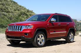 jeep grand cherokee red interior first drive 2011 jeep grand cherokee photo gallery autoblog