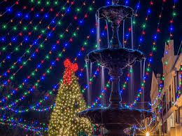 Oregon Garden Christmas Lights 22 Best Christmas Towns In Usa Best Christmas Towns In America