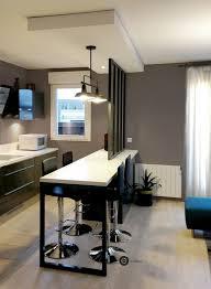 realisation cuisine réalisation d une cuisine ouverte avec verrière et suspension métal