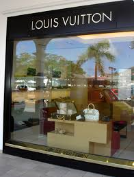 designer shops of many duty free designer clothing and jewelry shops