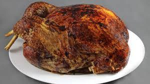 comment cuisiner la dinde de noel recette de dinde de noël farcie par alain ducasse