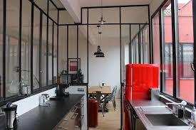 cuisine fenetre atelier fenêtre d atelier en séparation de cuisine salon cuisines